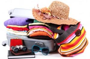 faire-sa-valise-pour-les-vacances-300x199