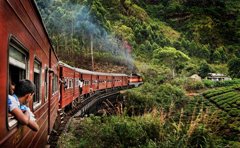 sri-lanka-railway-01